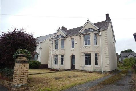 Alma Street, Brynmawr, NP23 4DZ. Detached house for sale