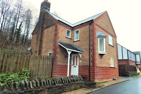 Hafod Lane, Victoria, Ebbw Vale, NP23 8AS. 3 bedroom detached house for sale