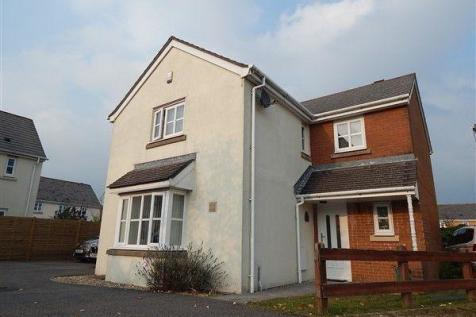Lakeside Avenue, Nantyglo, NP23 4EE. 4 bedroom detached house for sale