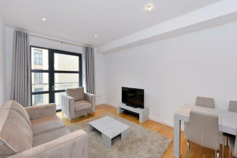 Faraday House, 30 Blandford Street, Marylebone W1U. 2 bedroom flat