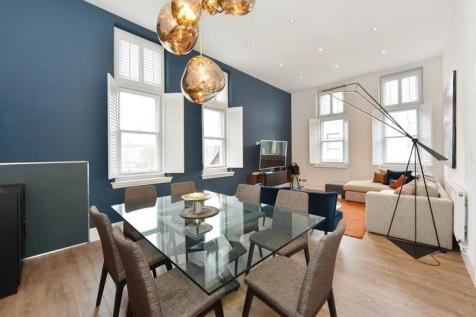 Central Park Lodge, 54-58 Bolsover Street, Fitzrovia. 3 bedroom flat