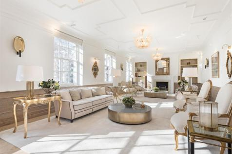 Orchard Court, Portman Square, Marylebone. 5 bedroom flat for sale