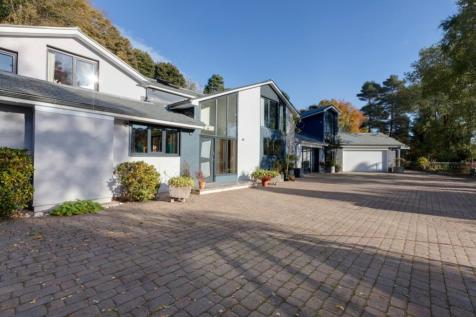 Whiteley Wood Close, Sheffield. 6 bedroom detached house for sale