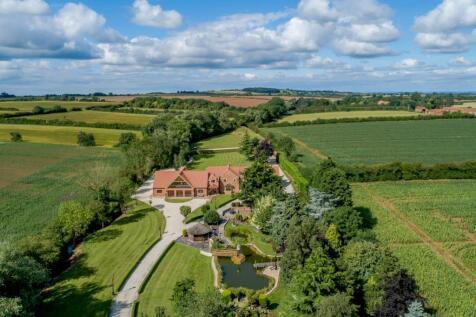 Beckingham Road, Walkeringham, Doncaster. 6 bedroom detached house for sale