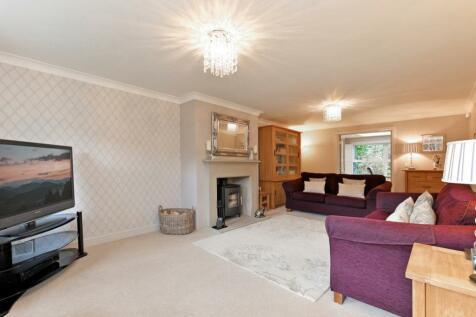 Kensington Chase, Sheffield. 5 bedroom detached house for sale