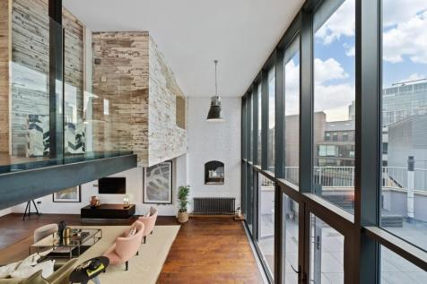 Commercial Street, Spitalfields, E1. 3 bedroom penthouse for sale