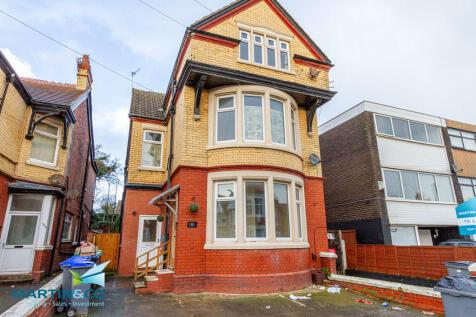 151 Reads Avenue, Blackpool. 2 bedroom flat