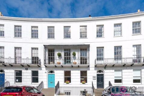 Royal Crescent, Cheltenham. 8 bedroom town house for sale