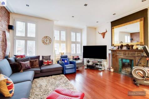 Goldhurst Terrace, South Hampstead, London. 3 bedroom flat for sale
