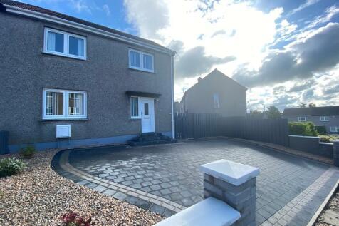 Burnbank Place, Ayr, Ayrshire, KA7. 3 bedroom semi-detached house