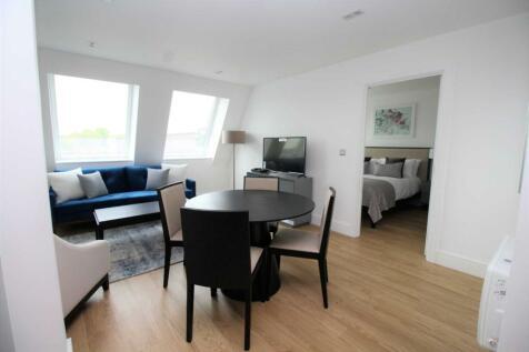 Kings Road, Brentwood. 1 bedroom apartment