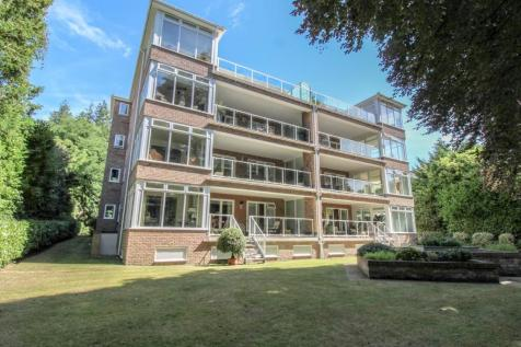 Balcombe Road, Poole, BH13. 3 bedroom apartment