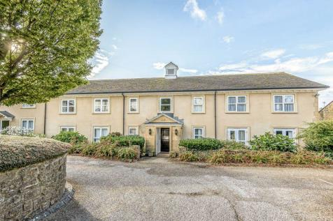 Ashcombe Court, Ilminster. 2 bedroom retirement property