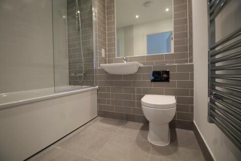 Granite Court, Byton Close, Romford, RM7. 3 bedroom apartment
