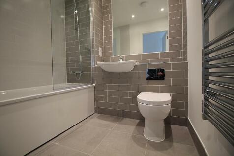 Granite Court, Byton Close, Romford, RM7. 2 bedroom flat