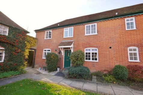 Gilstead Hall Mews, Coxtie Green Road, Pilgrims Hatch, Brentwood, CM14. 2 bedroom cottage
