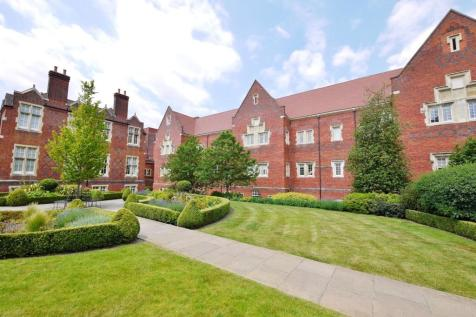Kavanagh Court, The Galleries, Warley, Brentwood, CM14. 2 bedroom apartment