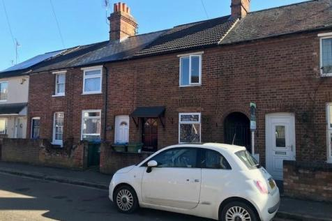 Northern Road, Aylesbury. 2 bedroom terraced house