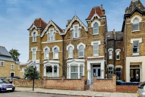 Victoria Road, Finsbury Park, London, N4. 1 bedroom flat