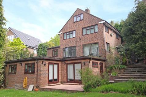 Bassett. 5 bedroom detached house