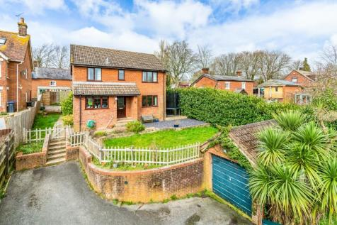 Redlynch. 4 bedroom detached house