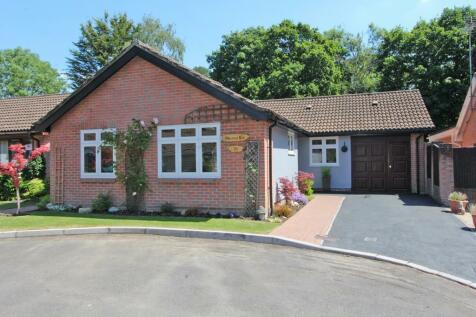 Ashurst. 3 bedroom detached bungalow