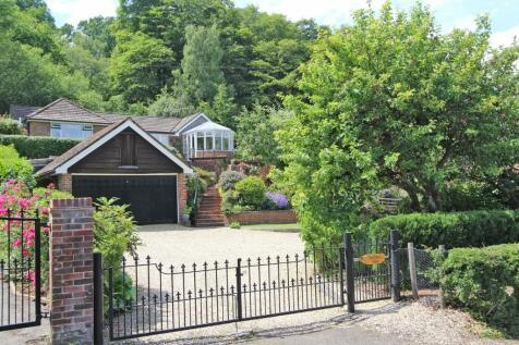 Emery Down. 3 bedroom detached bungalow