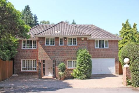 Bassett. 4 bedroom detached house