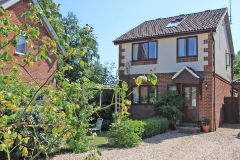 West Wellow. 4 bedroom detached house