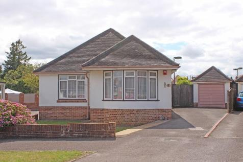 Upper Shirley. 2 bedroom detached bungalow