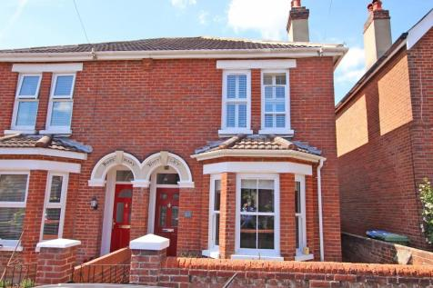 Bassett. 3 bedroom semi-detached house