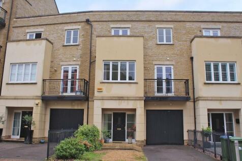Bassett. 4 bedroom terraced house