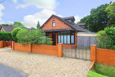 Ashurst Bridge. 4 bedroom detached house for sale