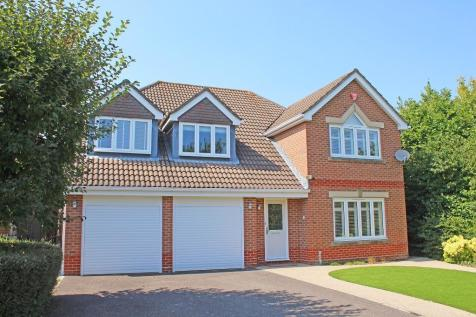 Chandlers Ford. 5 bedroom detached house