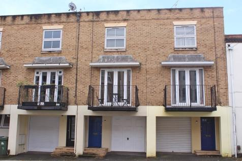 Southampton. 3 bedroom terraced house