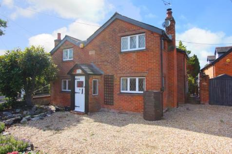 Winsor. 3 bedroom detached house