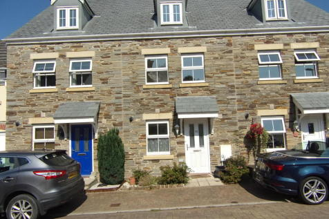 Lady Beam Court, Kelly Bray. 3 bedroom terraced house