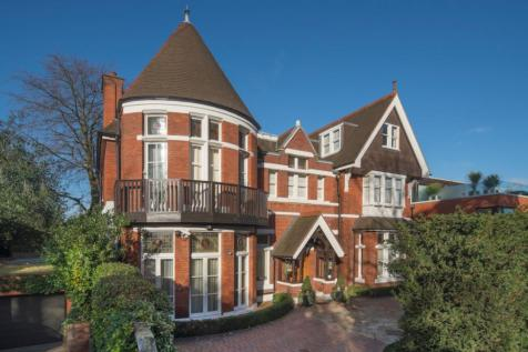 Morris House, 2B Elm Walk, London, NW3. 6 bedroom detached house for sale