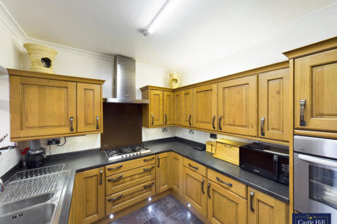 Westbury Avenue, Greenford, London, UB1 2XB. 3 bedroom end of terrace house for sale