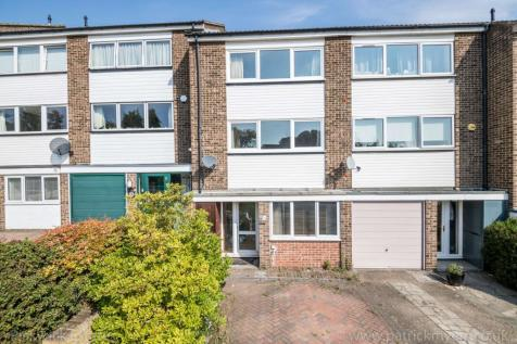 Dunoon Road. 4 bedroom town house for sale