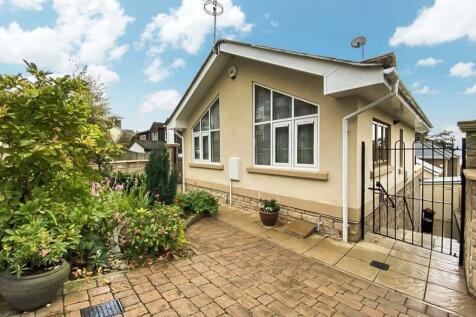 Brackenwood Gardens, Portishead, Bristol, BS20. 2 bedroom detached house for sale