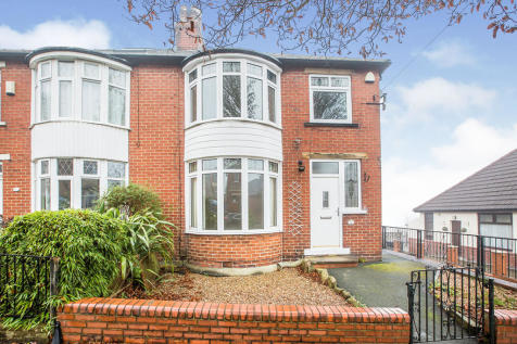 The Gardens, Heath Road, Halifax, West Yorkshire, HX1. 3 bedroom semi-detached house for sale