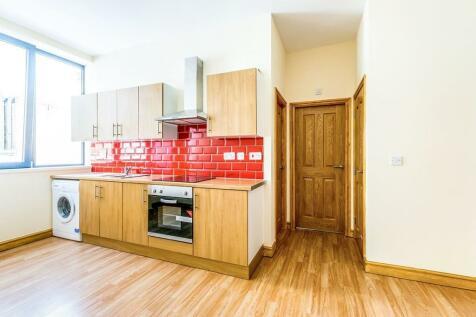 Wards End, Halifax, HX1. 1 bedroom flat