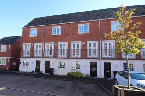 Donnington Court, Dudley. 3 bedroom terraced house for sale