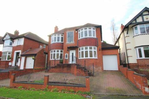 Gervase Drive, Dudley. 3 bedroom detached house for sale