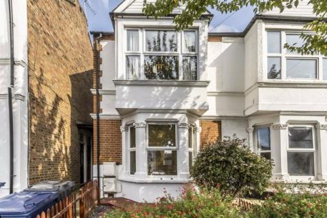 Florence Road, Chiswick. 2 bedroom flat