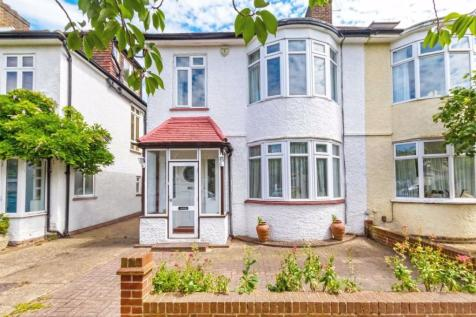 Staveley Road, Chiswick. 3 bedroom house