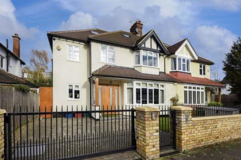 Kinnaird Avenue, Chiswick. 5 bedroom semi-detached house for sale