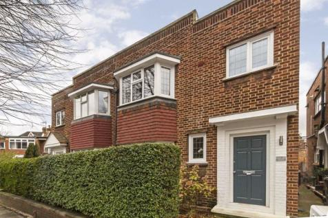 Ravenscroft Road, Chiswick. 2 bedroom flat