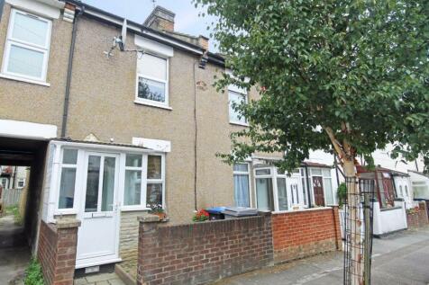 Cromwell Road, Ealing. 3 bedroom house